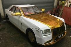 Đồ vàng mã cúng Rằm tháng Bảy đầy đủ cả Rolls-Royce và... 'sổ đỏ'
