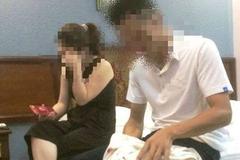 Anh Hùng và chị P bị chồng bắt quả tang đang ở chung trong phòng nghỉ.
