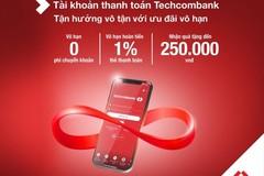 """""""Trải nghiệm vô tận với ưu đãi vô hạn"""" và an toàn mùa dịch là thông điệp Techcombank gửi gắm đến khách hàng trong chương trình ưu đãi mở tài khoản hoặc thẻ thanh toán trực tuyến."""