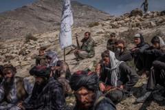Các tay súng Taliban tại huyện Alingar, tỉnh Laghman, Afghanistan. Ảnh: NY Times