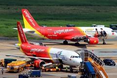 Do ảnh hưởng của bão số 4 nên nhiều hãng hàng không phải lùi giờ bay