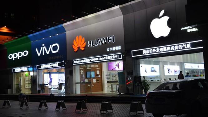 Huawei 'bất lực' nhìn các đối thủ vượt mặt tại thị trường Trung Quốc