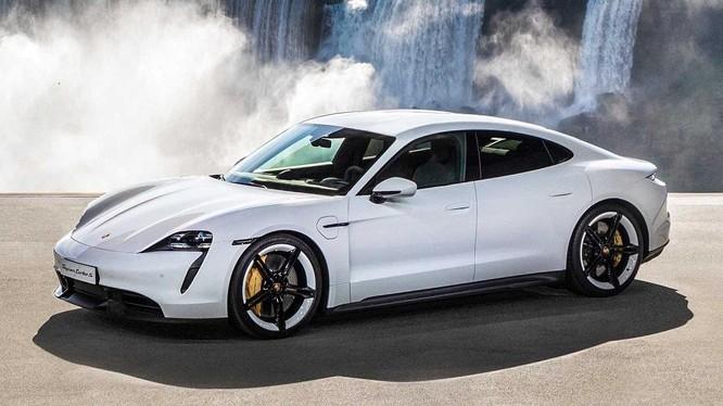 Porsche Taycan và Panamera bị triệu hồi do lỗi hệ thống treo
