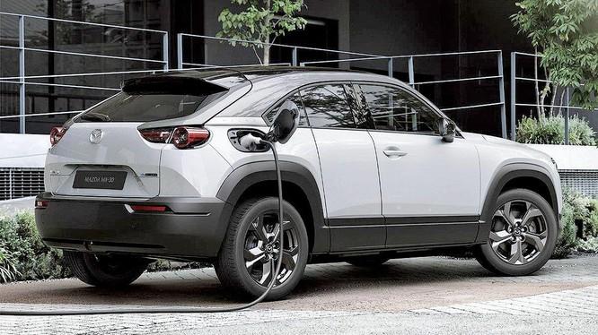 Mazda đặt mục tiêu ra mắt 13 mẫu xe điện vào năm 2025