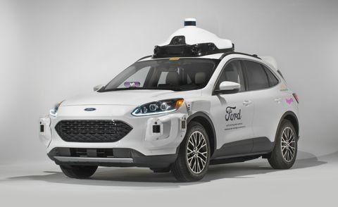 Ford, Lyft và Argo bắt tay triển khai dịch vụ taxi tự hành