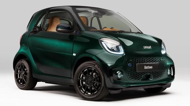 Xe đô thị nhỏ gọn Smart EQ Fortwo phiên bản Brabus Racing Green