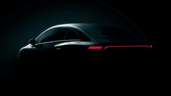 Hé lộ thiết kế sedan hạng sang thuần điện Mercedes EQE