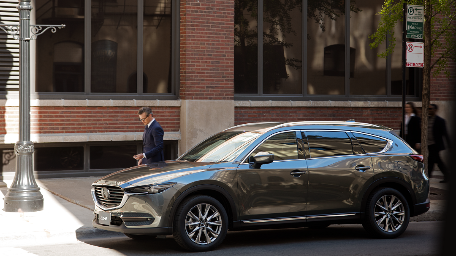 Khách hàng mua xe Mazda trong tháng 8 được hỗ trợ đến 120 triệu đồng