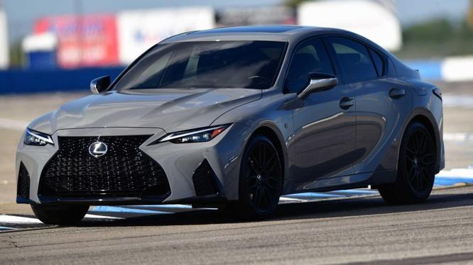 Lexus IS 500 F Sport có giá bán từ hơn 1 tỷ đồng tại Mỹ