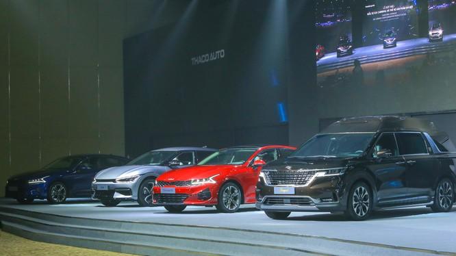 Kia Carnival và loạt xe mới của Kia được giới thiệu tại Việt Nam