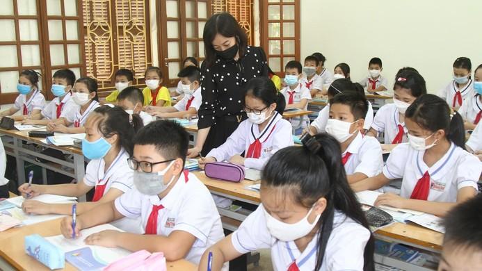 Rà soát các điều kiện cho học sinh tới trường học trực tiếp