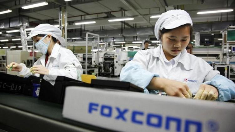 Lũ lụt khiến iPhone 13 phải tạm dừng sản xuất, gây thiệt hại không nhỏ cho Apple và Foxconn