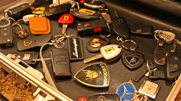 Đề phòng nguy cơ trộm cắp ô tô sử dụng chìa khoá thông minh