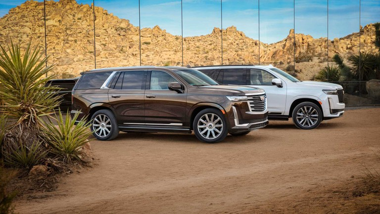 Cadillac Escalade 2021 chỉ 'ngốn' gần 14l/100km