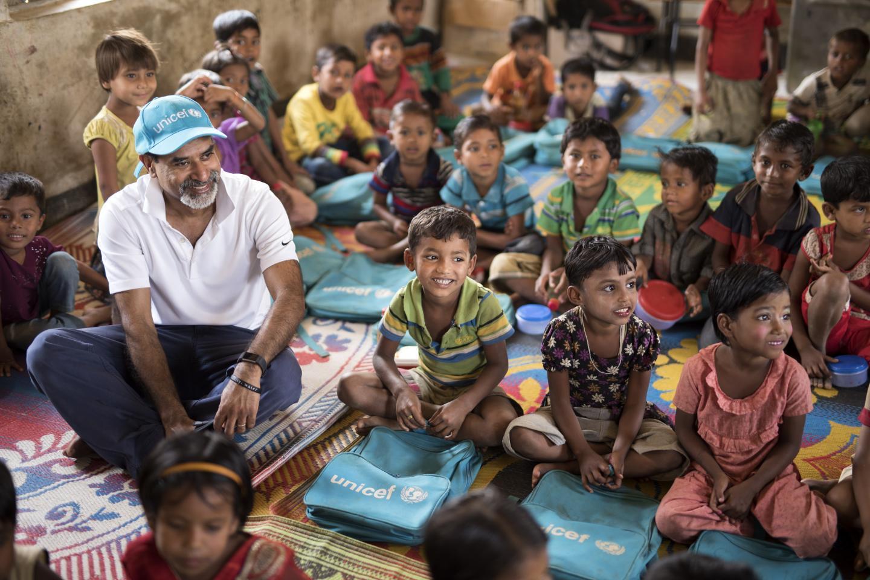 Đại sứ thiện chí: Khi những ngôi sao mang lòng trắc ẩn vượt biên giới