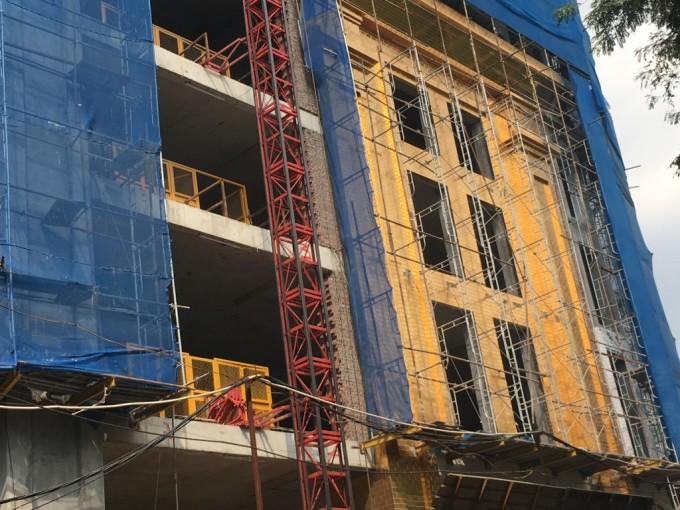 Dự án Hà Nội Golden Lake – B7 Giảng Võ: CĐT ngang nhiên xây sai phép, vượt tầng? ảnh 1