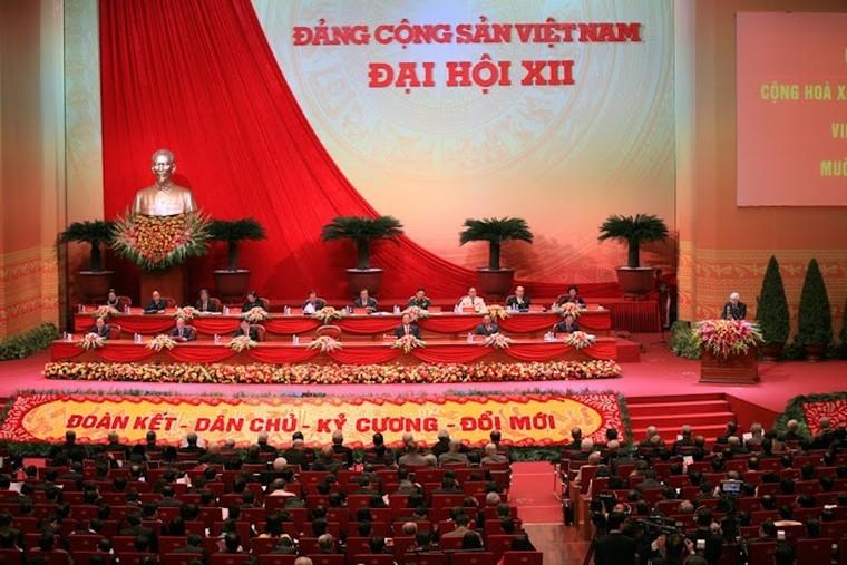 Đảng Cộng sản Việt Nam - Kết tinh của lịch sử, trọng trách trước lịch sử ảnh 4