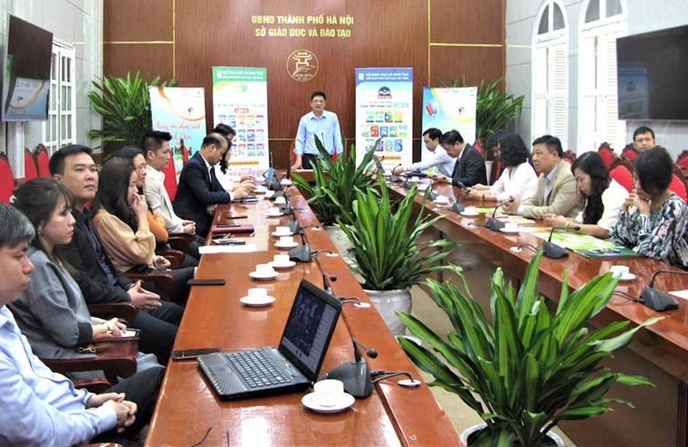 Hơn 16.000 giáo viên lớp 6 của Hà Nội tiếp cận sách giáo khoa mới ảnh 1