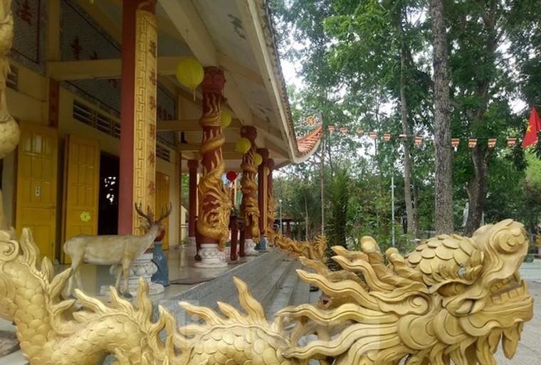 Bí ẩn ngôi chùa cổ tưởng nhớ vị thiền sư cho đỉa hút máu mình để giúp dân canh tác ảnh 1