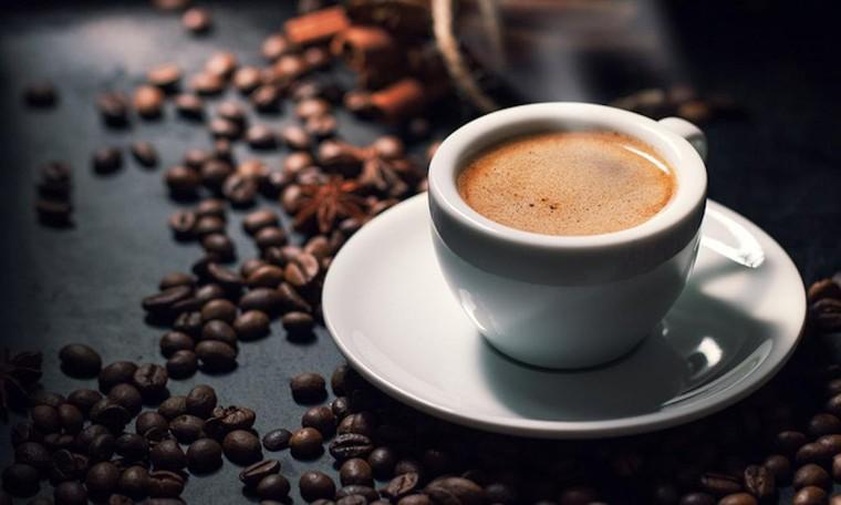 Những đối tượng nào không nên uống cà phê? ảnh 1