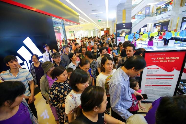 Khai trương ba trung tâm Vincom tại Thanh Hóa, Lâm Đồng, Long An ảnh 4