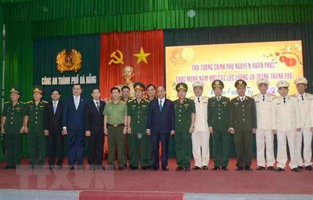Thủ tướng Nguyễn Xuân Phúc chúc Tết các đơn vị tại Đà Nẵng ảnh 1