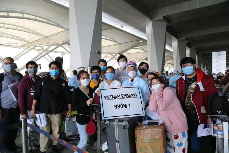 Đại sứ Phạm Sanh Châu với 'Chiến dịch Hoa Kim Tước' ảnh 9