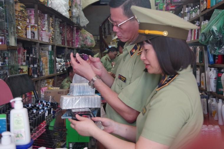 Bắc Giang tạm giữ gần 2.900 đơn vị hàng hóa không rõ nguồn gốc ảnh 6