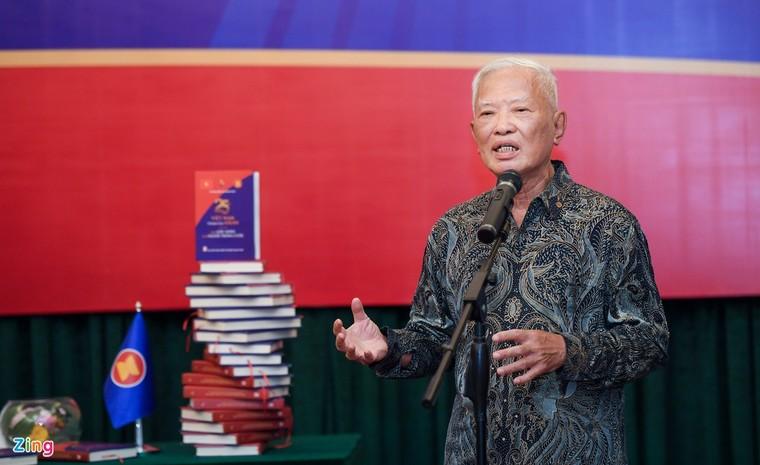 Ra mắt sách kỷ niệm 25 năm Việt Nam tham gia ASEAN ảnh 3