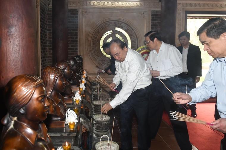 Thủ tướng dự Lễ hưởng ứng chương trình trồng 1 tỷ cây xanh tại Nghệ An ảnh 2