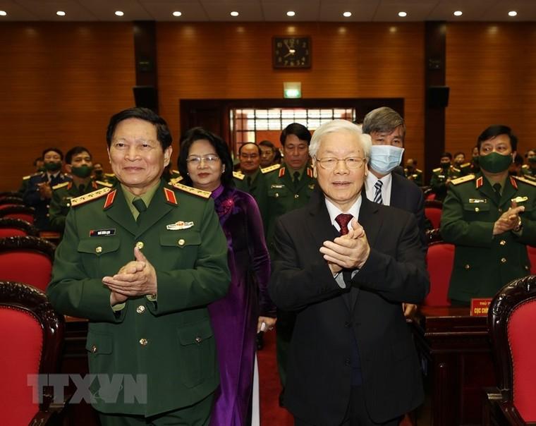 Tổng Bí thư, Chủ tịch nước Nguyễn Phú Trọng: Quân đội tuyệt đối không được chủ quan, thỏa mãn ảnh 1