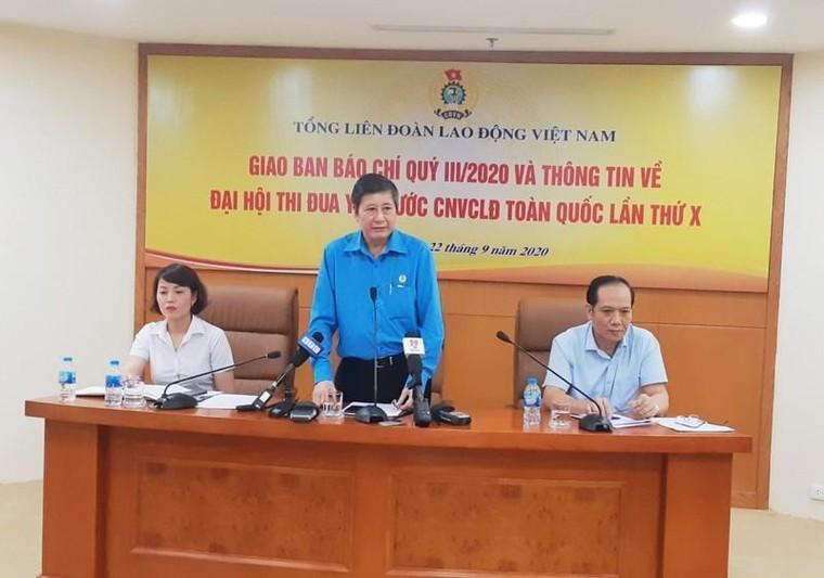 Tổng LĐLĐ giữ nguyên quyết định cách chức ông Lê Vinh Danh ảnh 1