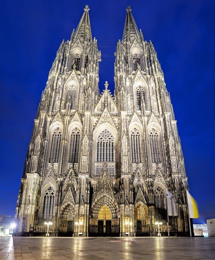 Trường phái Gothic cổ xưa có thể thay đổi kiến trúc đương đại? ảnh 2