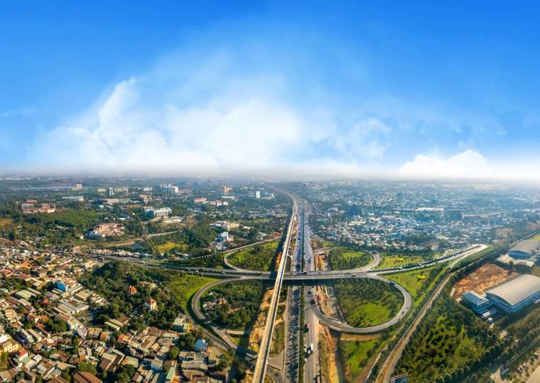 Hàng loạt dự án giao thông khủng, hút nhà đầu tư vào Đồng Nai ảnh 1