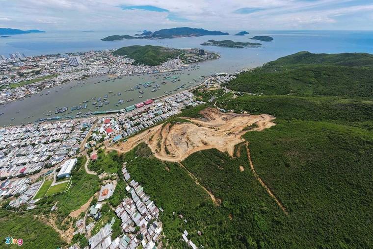 Dự án phá núi bằng mìn khiến nhà dân bị nứt, lún ảnh 3