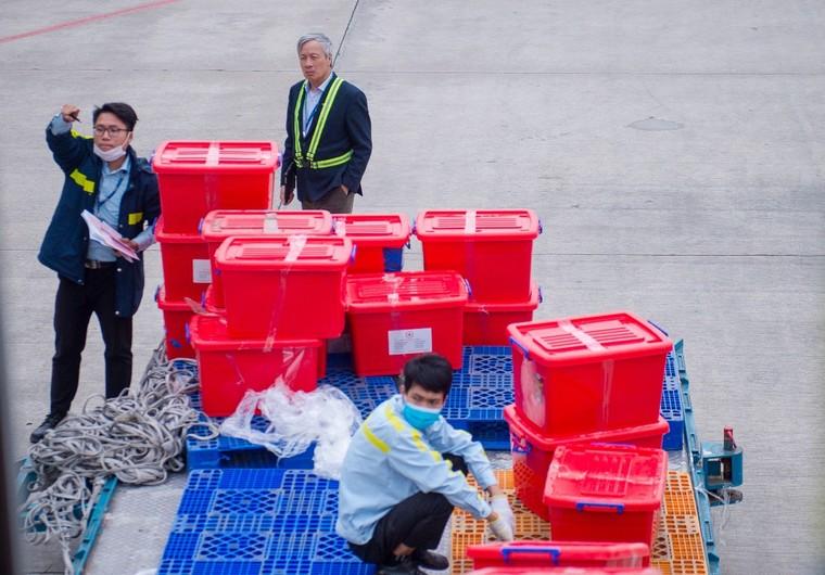 Bamboo Airways khai thác chuyến bay charter chở hàng cứu trợ đồng bào miền Trung ảnh 8