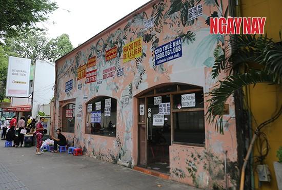 Người Sài Gòn cẩn trọng phòng COVID-19, phố phường thưa vắng ảnh 5