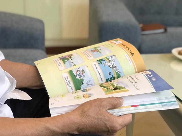 GS Nguyễn Minh Thuyết: Có những chuyện không hay lắm trong cạnh tranh sách giáo khoa ảnh 1