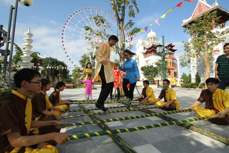 """Giới trẻ háo hức chờ đón Lễ hội """"Mai vàng sắc xuân"""" Sun World Danang Wonders ảnh 5"""