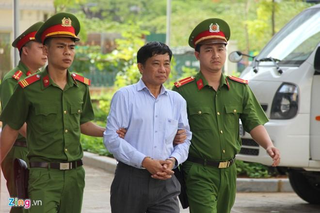 Phiên xử phúc thẩm Đinh La Thăng bất ngờ dừng sớm ảnh 1
