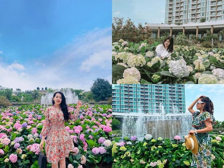 """Sầm Sơn đón hàng vạn khách check-in tháng 4 trong không khí lễ hội 'Vũ khúc Biển và Hoa""""' ảnh 2"""