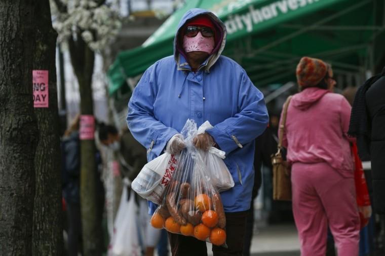 Nhu cầu thực phẩm khổng lồ tại New York mùa dịch ảnh 2