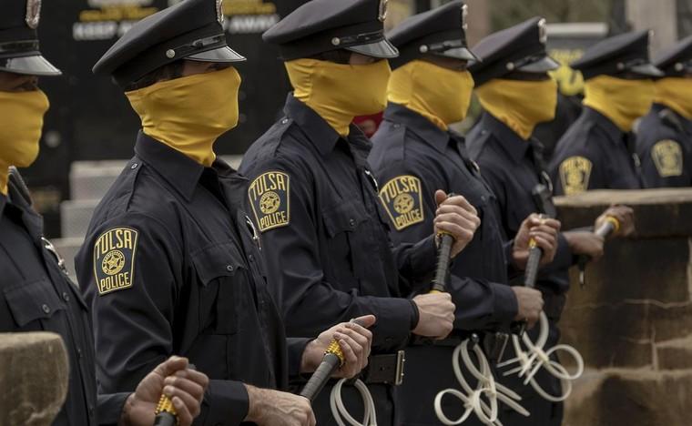 Series phim 'Watchmen' - viễn cảnh không xa của nước Mỹ ảnh 2
