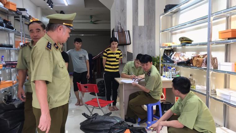 Bắc Ninh ra quân kiểm tra 7 cơ sở kinh doanh hàng giả ảnh 2