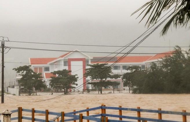 Mưa bão khiến nhiều tỉnh Nam Trung Bộ ngập lụt ảnh 3
