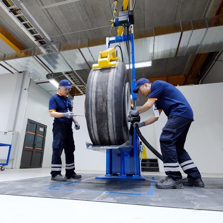 PIA cung cấp dịch vụ kỹ thuật hàng không chuyên nghiệp và chất lượng ảnh 1