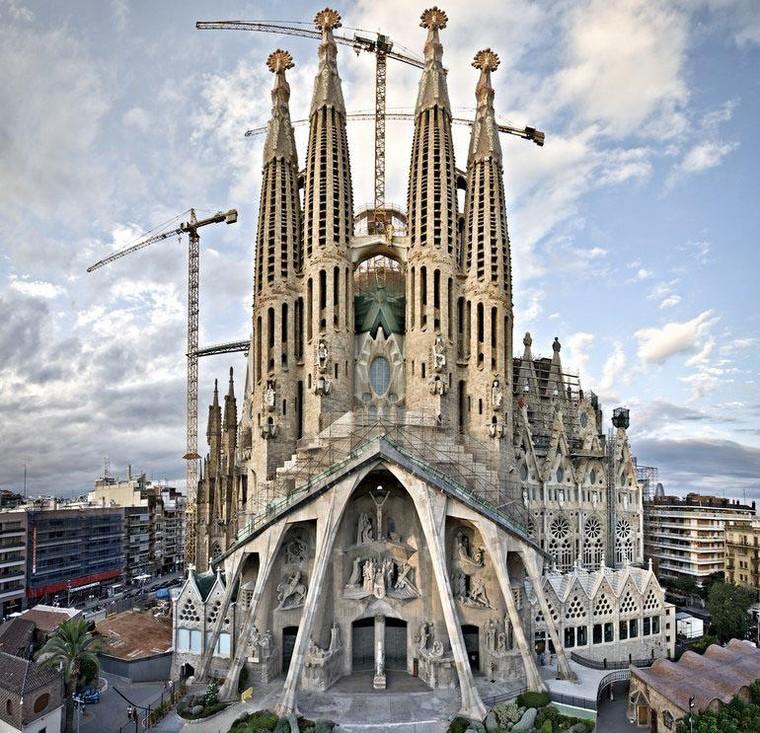 Barcelona, thành phố đáng sống nhất Châu Âu ảnh 4