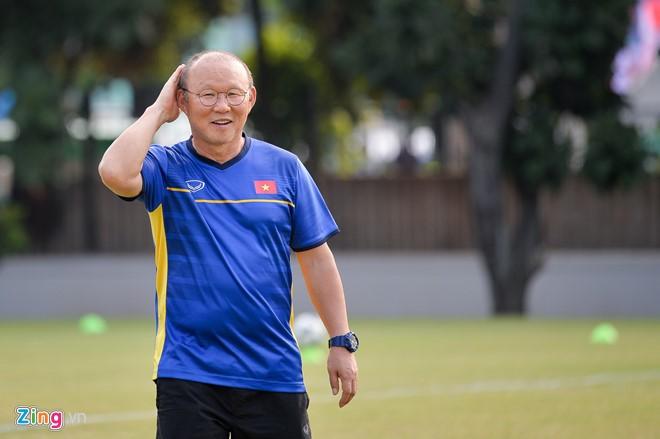 Bóng đá Việt Nam và nguy cơ để mất HLV Park Hang-seo ảnh 1