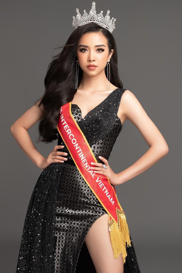 Á hậu Thúy An đại diện Việt Nam thi 'Hoa hậu Liên lục địa 2019' ảnh 1