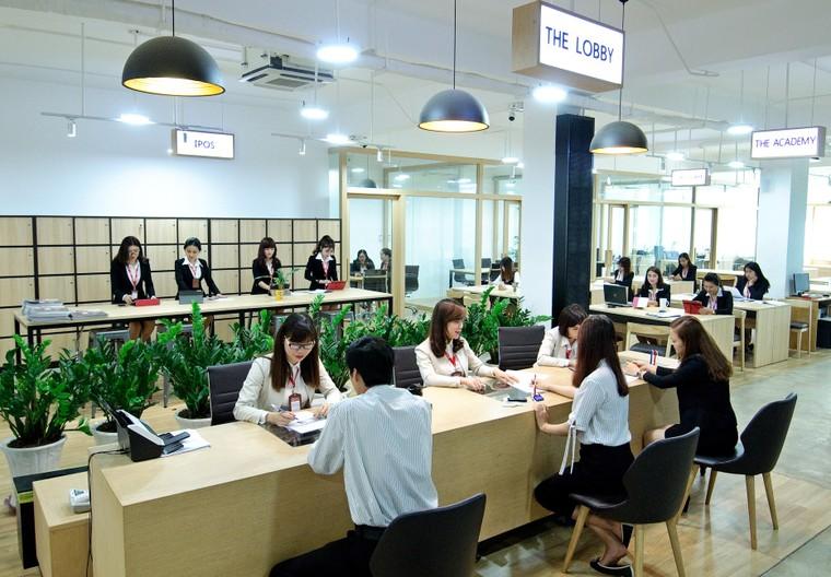 AIA Việt Nam luôn bên cạnh khách hàng ảnh 1
